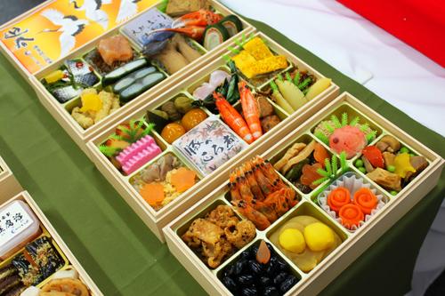 てら岡 中州本店 おせち料理 2014